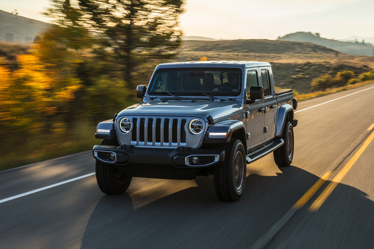 Uconnect Access App >> All-New 2020 Jeep Gladiator - It's Finally Here | Jeep Canada